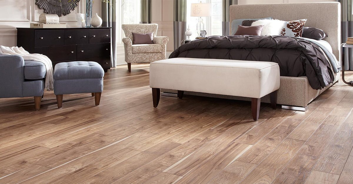 Có nên lót sàn gỗ công nghiệp cho phòng ngủ hay không