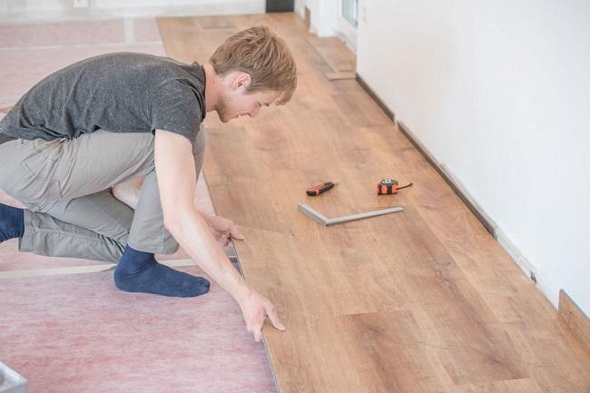 Lát sàn gỗ công nghiệp giá bao nhiêu
