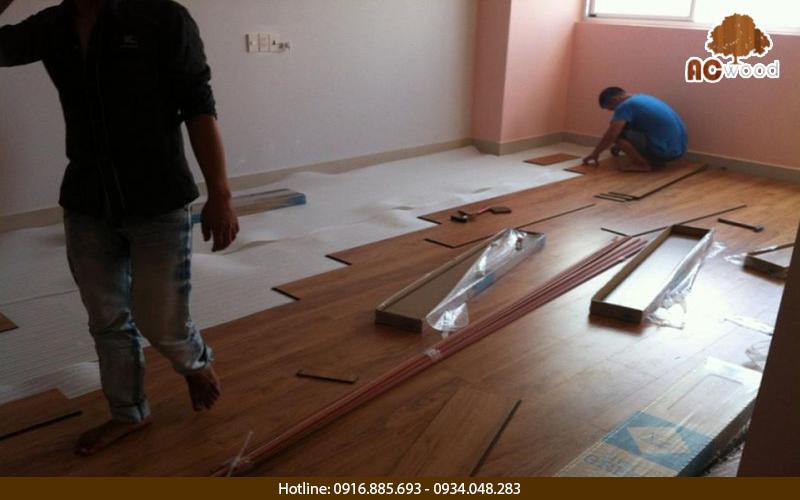 phụ kiên sàn gỗ gồm những gì